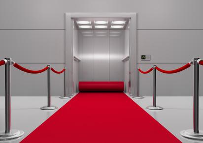 Der Aufzug zum Erfolg (© typomaniac - Fotolia.com)